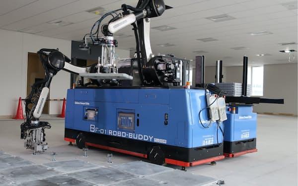 清水建設は大阪市内の施工現場で多機能ロボの運用を開始した