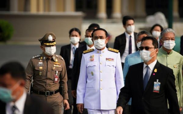 元陸軍司令官のプラユット氏は親軍政党の支持を受けて首相に選出された=ロイター