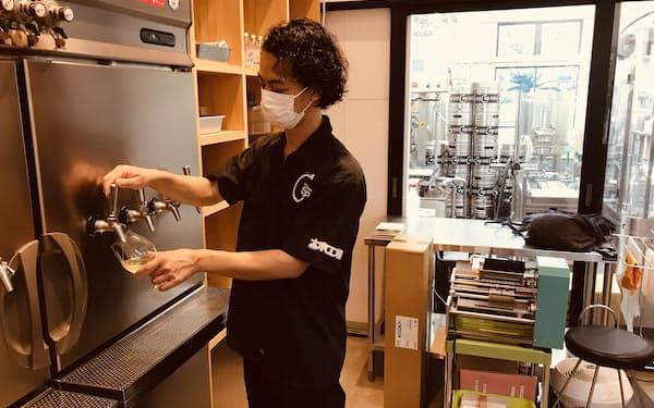 大泉工場が製造するノンアンコールの発酵飲料「コンブチャ」はコロナ禍でのノンアル人気を受けて生産を拡大している(埼玉県川口市)