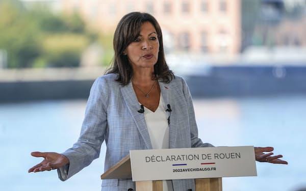 パリのアンヌ・イダルゴ市長=AP