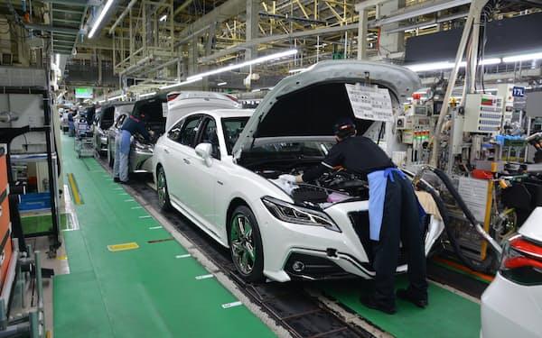トヨタは車に組み込む半導体の在庫を積み増す(写真は、愛知県豊田市内の元町工場)