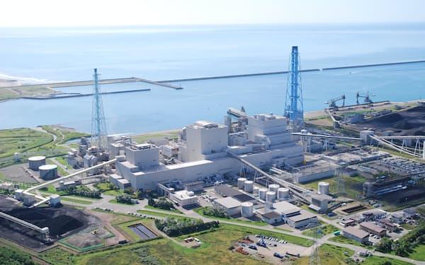 苫小牧市周辺には火力発電所やガス田が立地する