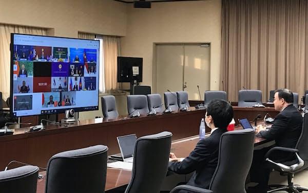 日中韓とASEANの経済担当相らはRCEPの発効時期を確認した(13日、経産省)