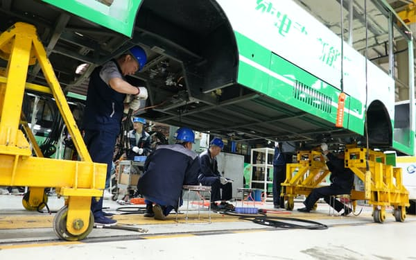 半導体不足が自動車の生産・消費を下押し(貴州省貴陽市のバスメーカー)