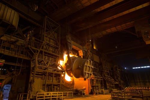 チャイナショックで日本製鉄は鉄鋼需要急減に直面した