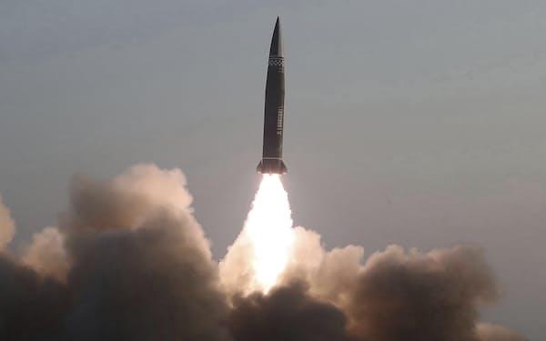 北朝鮮が今年3月に発射した短距離弾道ミサイル=朝鮮中央通信・共同