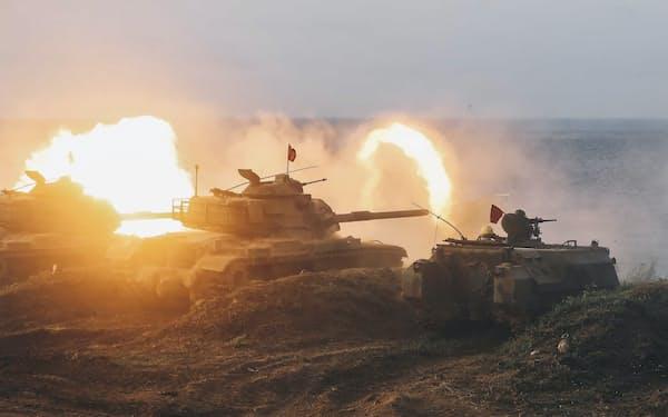 台湾で13日始まった大規模軍事演習「漢光演習」。中国への抑止力の向上が課題だ(15日、台湾・澎湖島)=AP