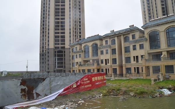 イタリアのベネチアを模した中国恒大集団の別荘リゾートは工事が止まっている(江蘇省南通市啓東、9月15日)