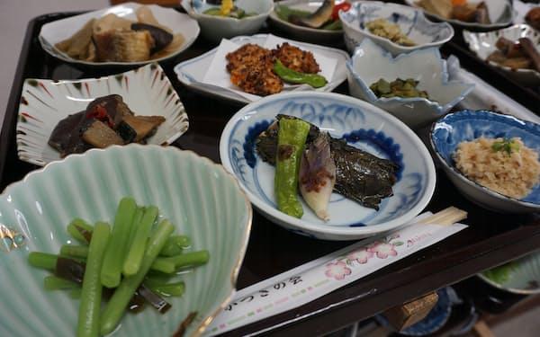 津軽地方で長年受け継がれてきた料理は菜食中心だ