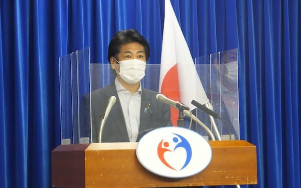 田村厚労相は積極的な勧奨の再開が「私自身の宿題だった」と語った(17日、厚労省)