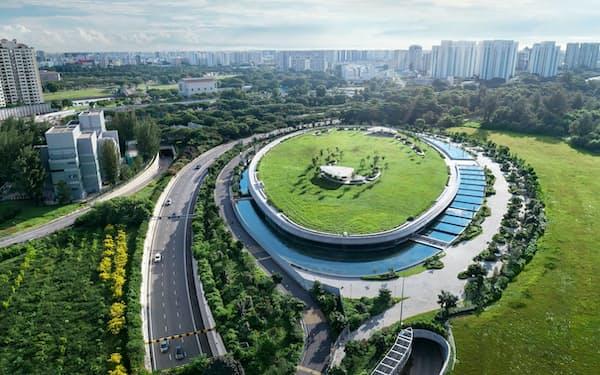 ケッペルは環境関連のインフラ事業に注力している(シンガポールの海水淡水化プラント)=同社提供