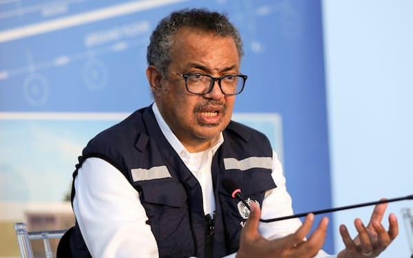 WHOのテドロス事務局長は世界の職場環境の改善を要請した=ロイター
