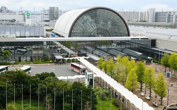 新型コロナの患者を受け入れる臨時の大規模医療施設を設ける「インテックス大阪」(大阪市住之江区)