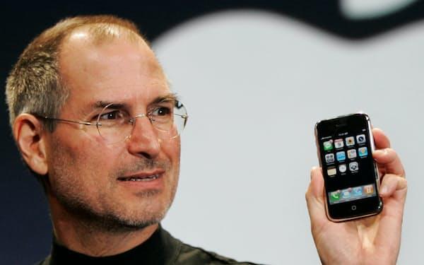初代iPhoneでは外部のアプリを利用することができなかった(2007年1月9日、米サンフランシスコ)=AP