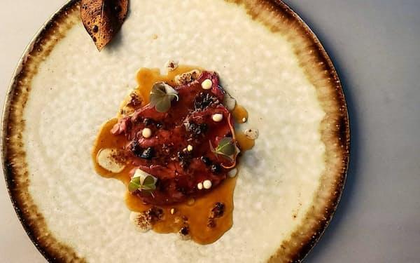 オトワレストランはヒレ肉を使ったコース料理を提供
