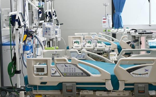 報道陣に公開された「大阪コロナ重症センター」(9日午前、大阪府大東市)