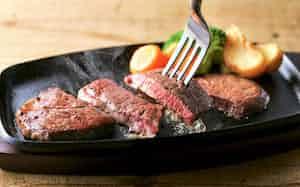 乳用種肥育牛はきれいな赤色とさっぱりした味が特徴だ