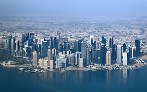 カタールの首都ドーハの高層ビル群
