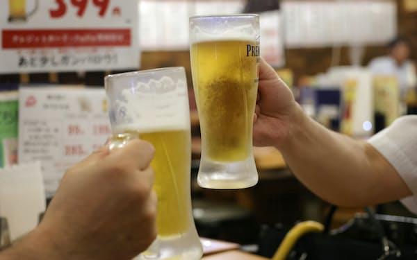 実証実験では酒の提供時間の延長などを認める方針だ