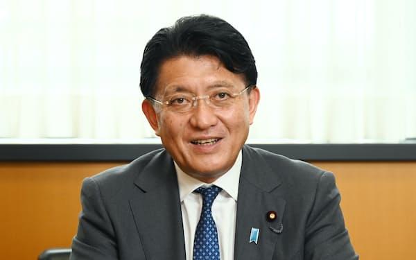 デジタル庁は、平井氏が事後的に割り勘にしたことから、実質的に接待に当たると判断した