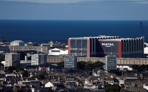 フランス北部にあるナバル・グループの拠点=ロイター