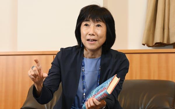 かわもと・ゆうこ 1958年生まれ。82年東京大卒、東京銀行(現三菱UFJ銀行)入行。マッキンゼー東京支社、早稲田大教授などを経て、2021年6月から現職。