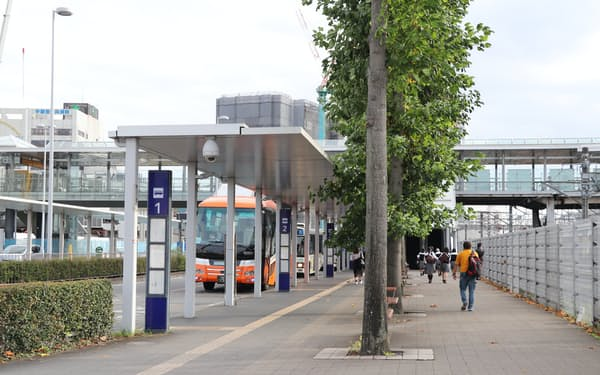 10月1日に新設される岡本線と和久線は、JR宇都宮駅東口の4番乗り場より発着する