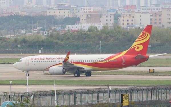 海南航空は資金注入を受け経営を立て直す(4月、広州市)