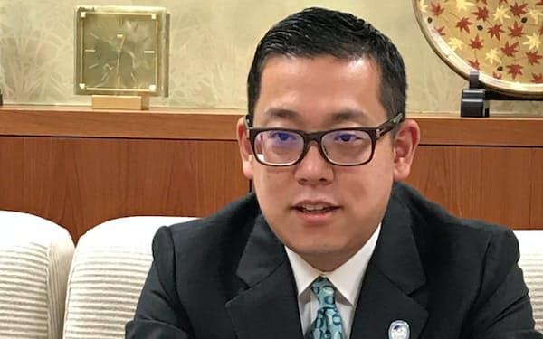 太田淳之社長は顧客層の拡大を課題に挙げた