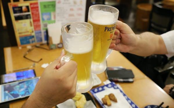 京都府と兵庫県は飲食店などに時間制限を設けて酒類提供を認める方針