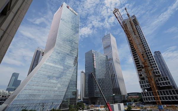 中国恒大集団は中国南部の広東省深圳市に本社を構える=ロイター
