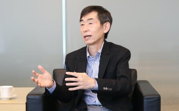 「日本的経営は退職金を人質に社員を引き留めてきた」との考えから、退職金は前払いに変える(杖村頭取)