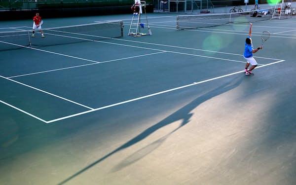 財務省はテニスコート整備などについて防災機能を高めるか疑わしいと見る