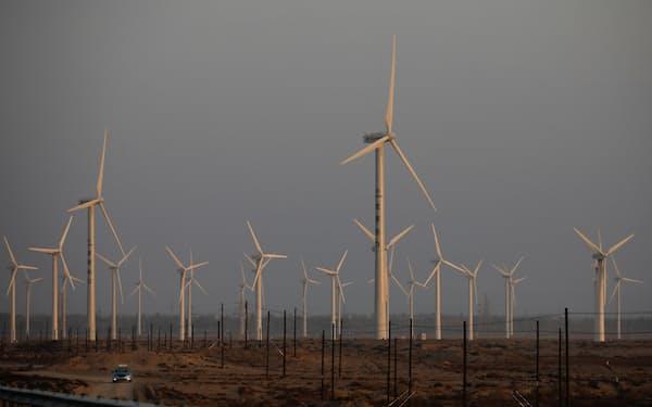 中国では再生可能エネルギーの導入が進む=ロイター