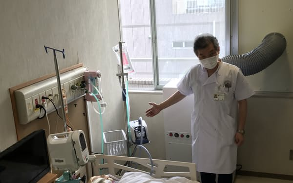 酸素吸入が必要な中等症まで受け入れる