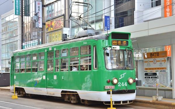 札幌市の路面電車は新型コロナ禍で採算性が悪化している
