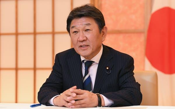 岸田氏は茂木氏を外相に再任する意向