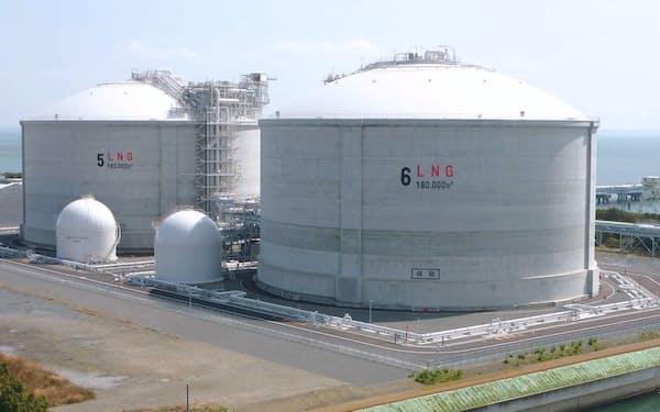 日本で液化天然ガスの転売制限が緩和されている=共同