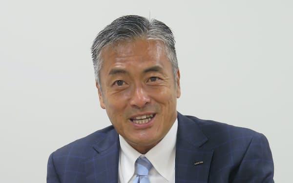 取材に応じるラグビー・リーグワンの玉塚元一理事長