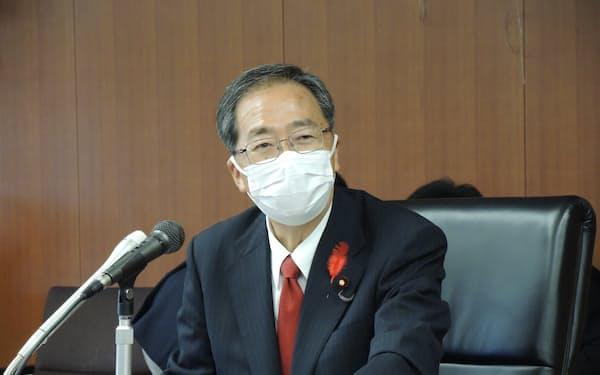 斉藤鉄夫国交相はインタビューでGo To 事業を見直すと語った