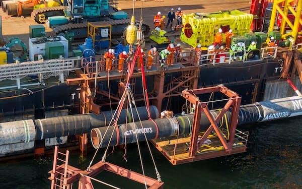 ロシア国営ガスプロムは9月に独ロを結ぶ新パイプラインの敷設工事完了を発表した(ノルドストリーム2提供)=ロイター