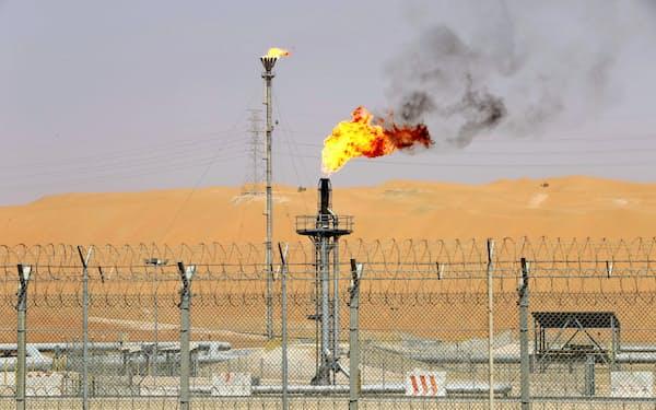 経済再開による需要の拡大もあって原油価格は上昇=ロイター
