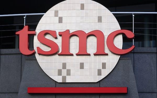 TSMCは日本政府から巨額の資金支援を受け、日本で初の工場建設に踏み切る予定=ロイター