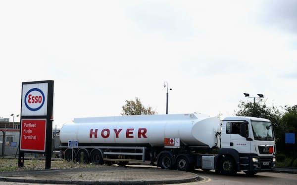 原油高は世界的なガソリン価格の上昇につながる=ロイター