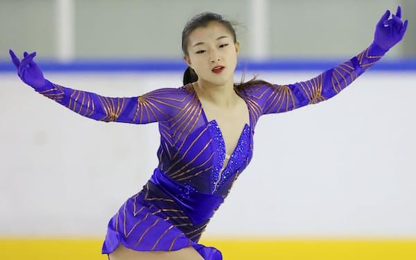 女子フリーで演技する坂本花織(10日、木下アカデミー京都アイスアリーナ)=代表撮影・共同