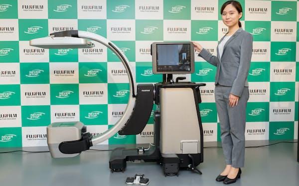 新型X線診断装置「フジフイルム DR カルネオクロス」を発売した