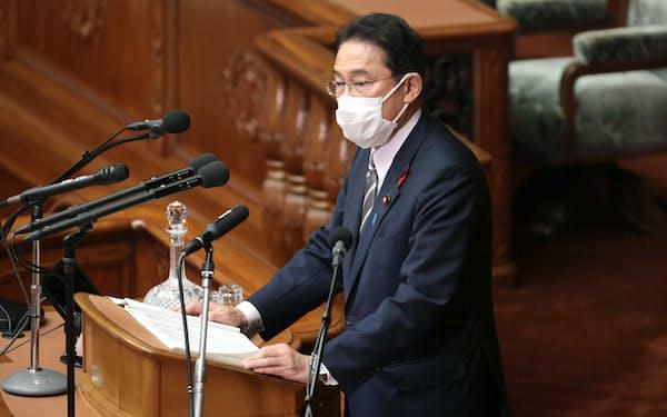 所信表明演説する岸田文雄首相(8日、衆院本会議)