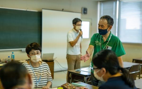 石川さん(右上)は石鎚エリアでの観光人材の育成プロジェクトを手がける