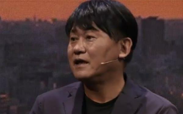 オンラインイベントで講演する三木谷氏(12日)