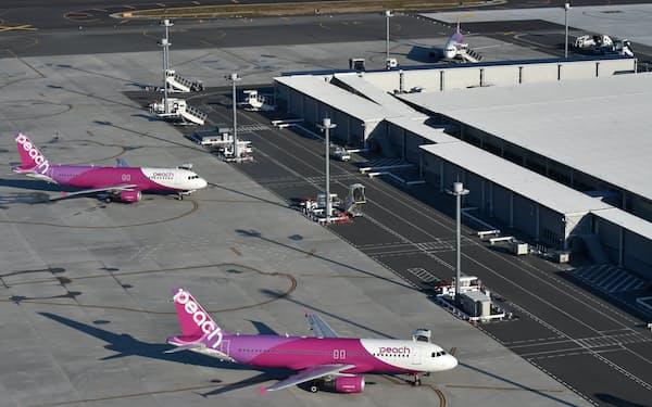 ピーチ・アビエーションが発着する関空第2ターミナル